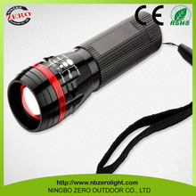 Wholesale Fashion adjustable zoom focus led flashlight