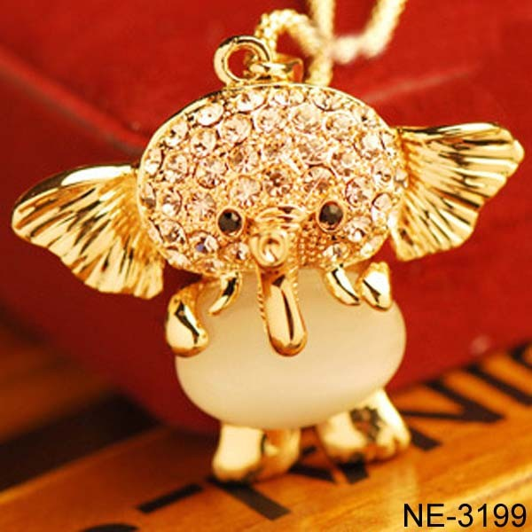 Yiwu Jewelry Factory Wholesale Cute Thai Elephant Necklace