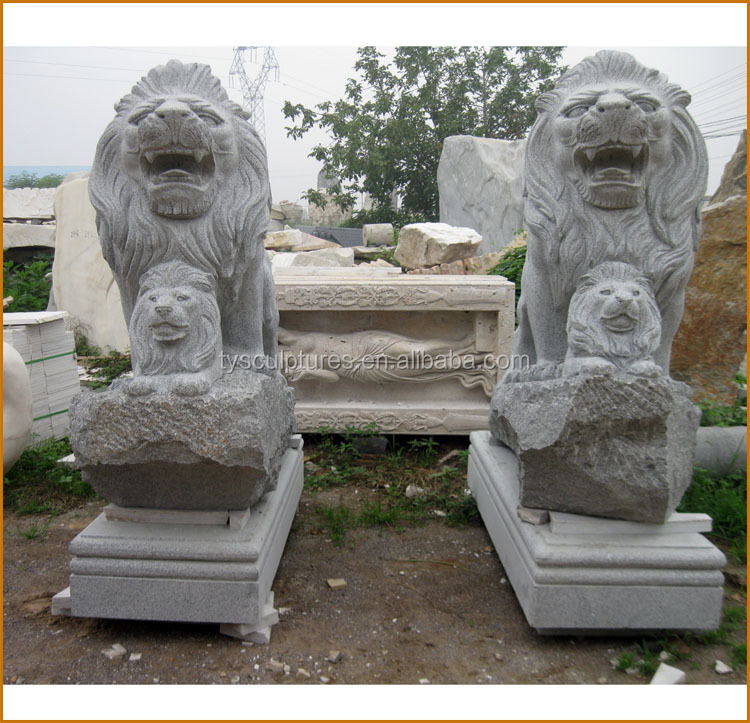 Outdoor granite animal of a big lion and a little lion statue