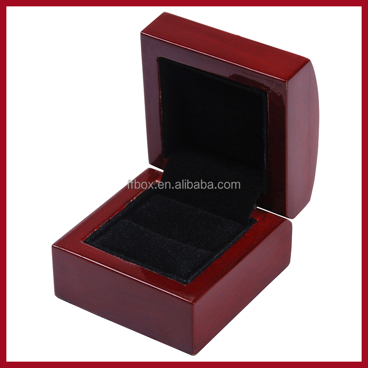 Small red glossy lacquer finish wood jewelry ring gift box manufacturer