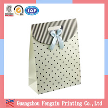 Lovely Ribbon Gift Packaging Paper Bag Die Cut Handle Birthday Paper Gift Bag Wholesale