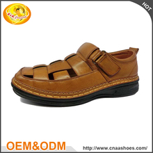 Customized popular leather sandal comfortable pu men sandals for farm