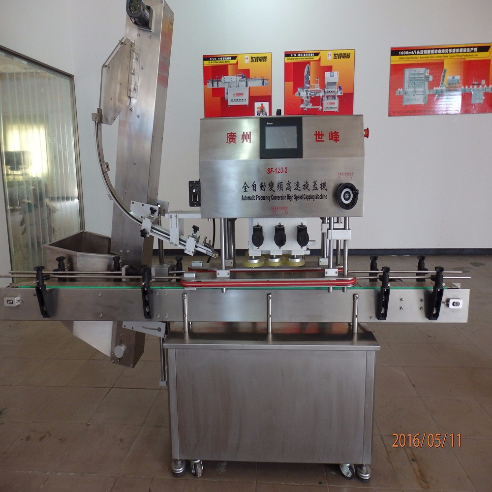 Semi-automatic Food Bottle Capper Industrial Machinery / sauce bottle capping machine