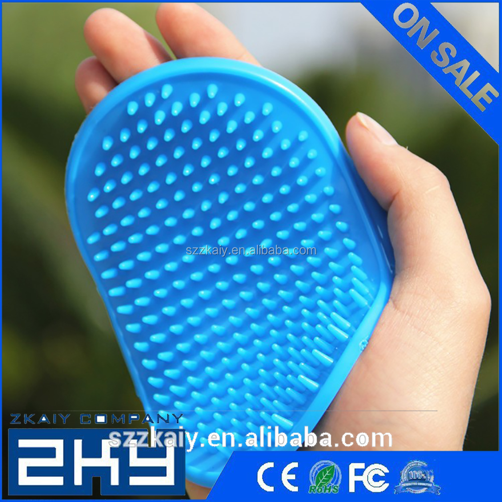 New Useful Comb Hair Grooming Oval Strap Bath Handle Rubber Soft Cat Pet Brush Dog and Cat Brush