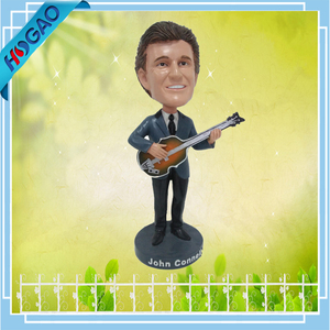 Custom polyresin personal handsome shaking bobble head with guitar