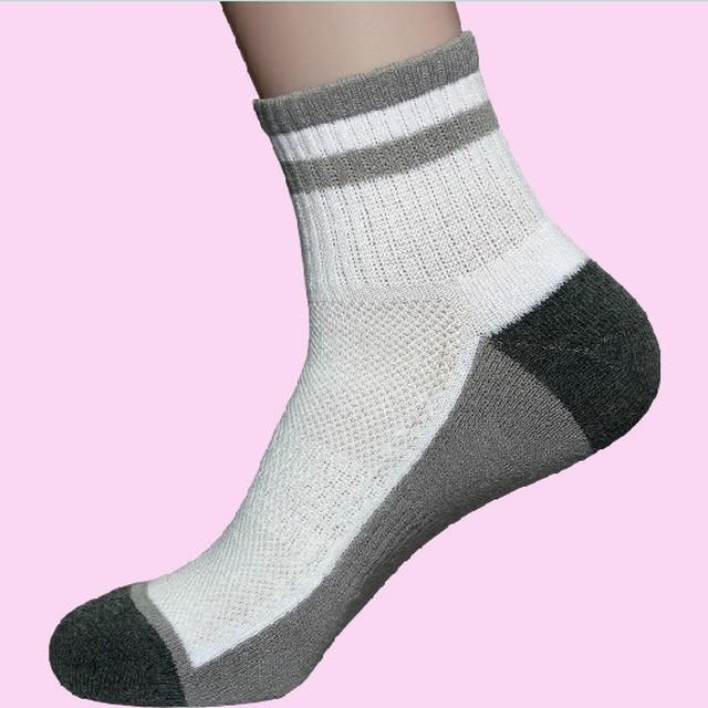 Fashional Custom logo sport elite basketball socks