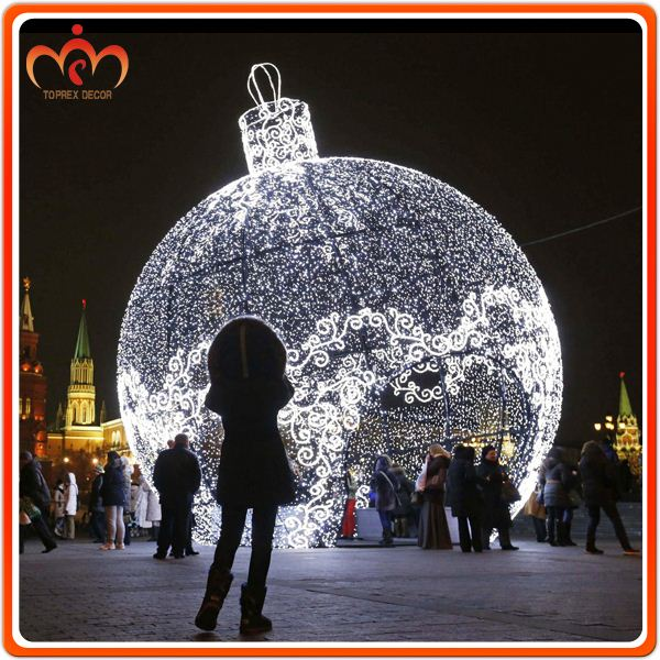 Ip65 large outdoor christmas tree ball lights buy for Large christmas decorations