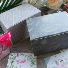 Guangdong factory custom printed round gift boxes corrugated wedding gift box