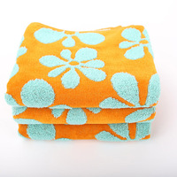 China hot sale bright colored bath towel