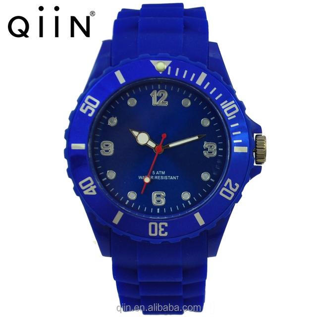 QQ209 New Men's Fashion Quartz Wrist Watches Men Luxury Brand Watch