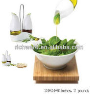 Ceramic cruet set for kitchen decoration