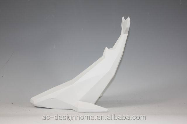 WHITE POLYSTONE FISH DECOR