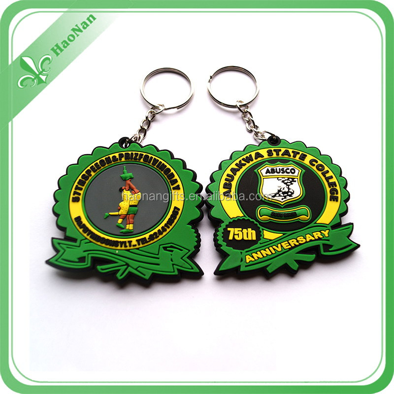 wholesales 2d custom shaped soft silicone key chain/useful metal key ring