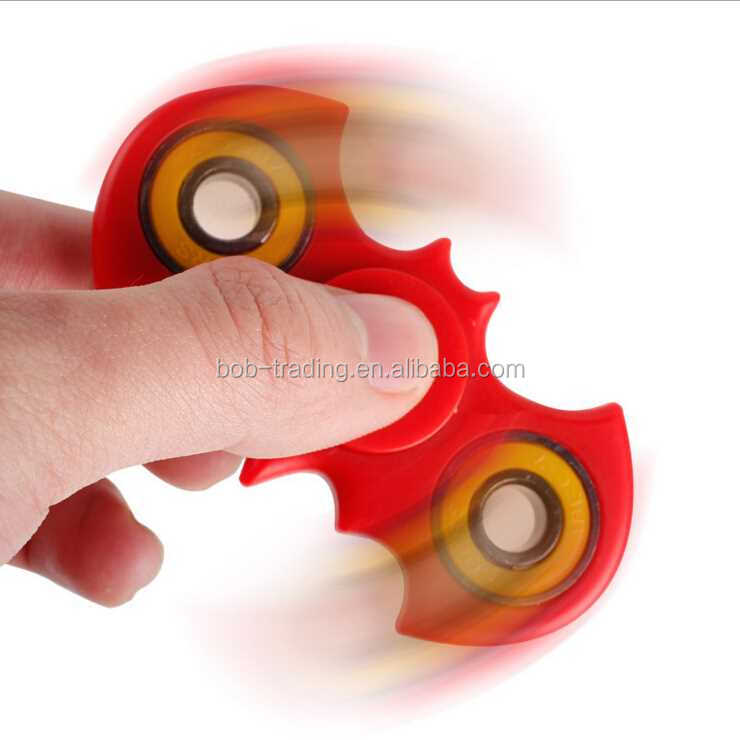TOP 1 Promotion Gift Bat Shape Hand Spinner flying spinning toys