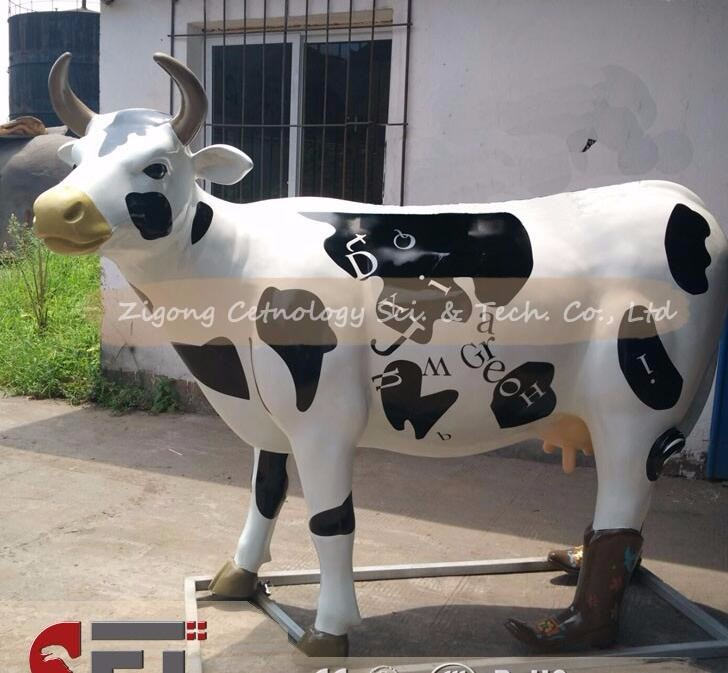 CET-H217 Life Size statue of the cow of fiber glass