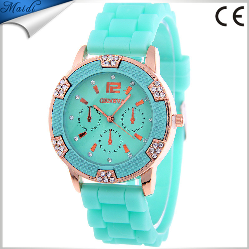 2017 Fashion Brand Gold Geneva Casual Quartz Watch Women Silicone Dress Wrist Watch Wholesale Price GW098