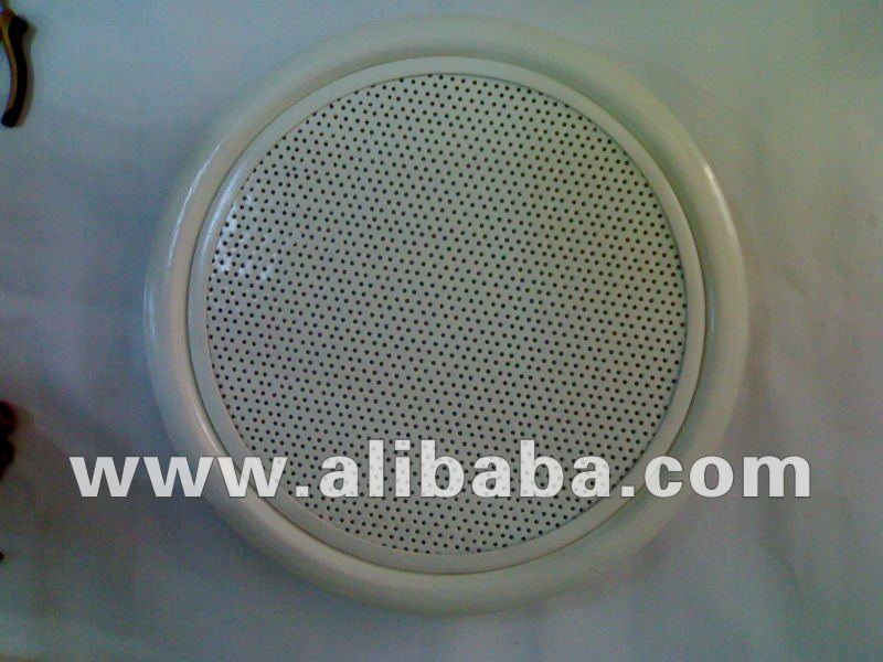 diffuser with a circular perforated face