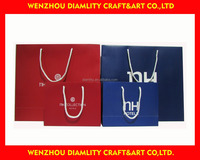 2016 fashionable and durable paper gift bags with logo print