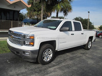 B/NEW PICKUP - CHEVROLET SILVERADO LT - FLOOD (LHD 819427)