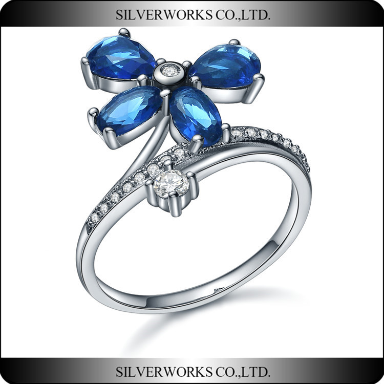 Silver Works Flower Sterling Silver Aquamarine clover CZ Stone Ring
