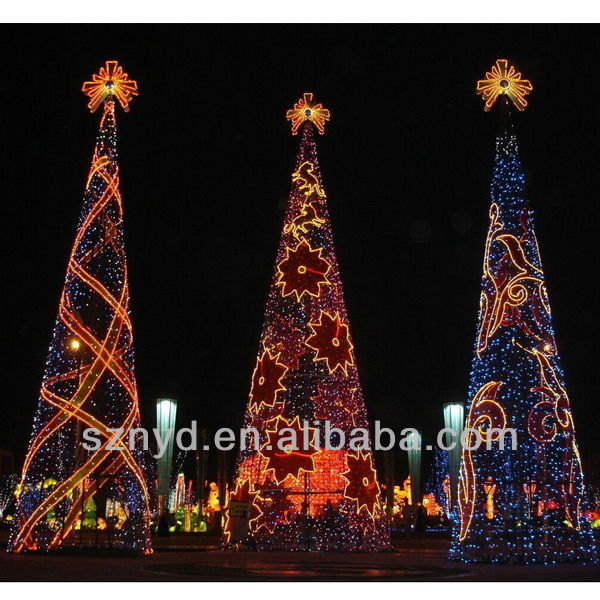 Lighted outdoor Christmas tree ,christmas decorations,LED Christmas tree
