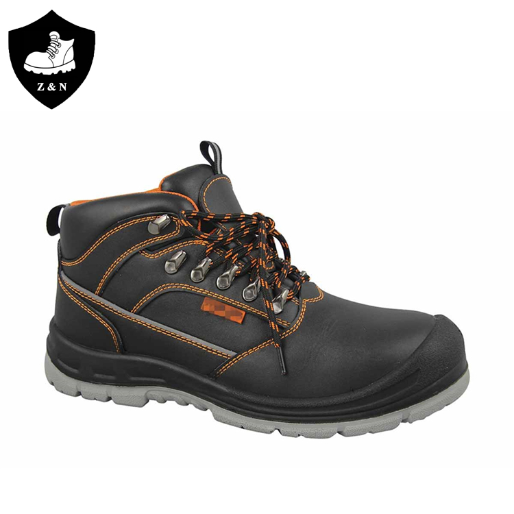 Low cut soft leather material steel toe feature u-power safety shoes for man
