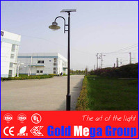 Black color pole single arm traditional style 15W solar garden lamps