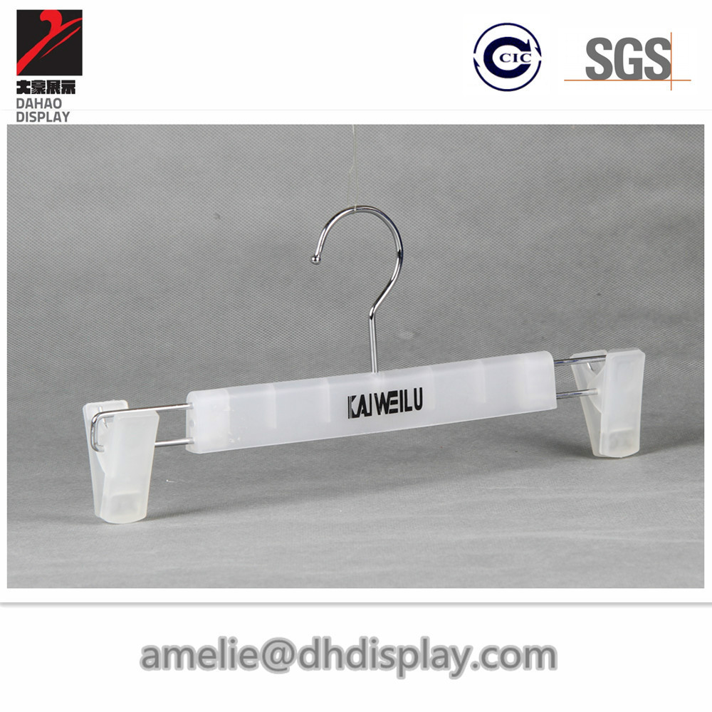 Pastic pants hanger clips plastic hanger for trousers and skirts