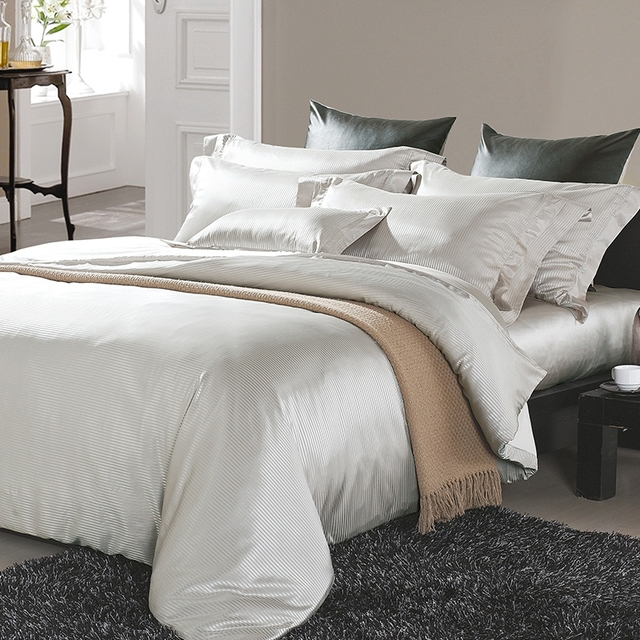 22mm wholesale Mulberry silk duvet bedding set home linen bed sheet /quilt cover