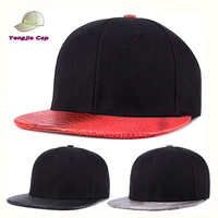 Hot-selling!!! Winter Fashion Unisex Warm Thick Hip Hop Flat Faux Leather Brim Snakeskin Snapback Cap