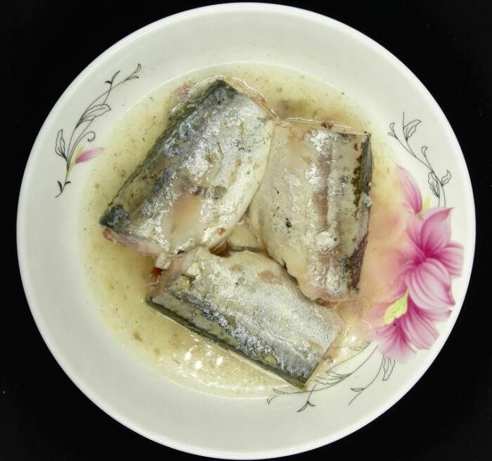 425g chinese canned mackerel fish in brine for south america
