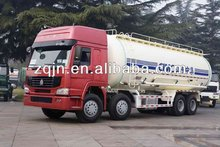 8x4 chemical liquid tanker truck with Sinotruk chassis