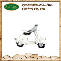 costume white motorcycle shaped tourist 3d souvenir polyresin fridge magnet for decoration home