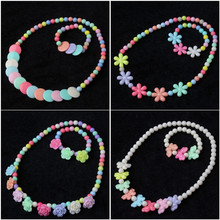 2016 Colorful plastic beaded necklace for kids