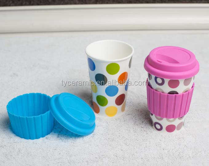 Ceramic coffee mug without handle, travel mug with lid