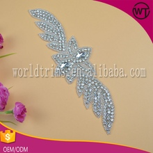Wholesale gorgeous silver iron on rhinestone irish dance appliques for bridal dress