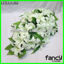 Lily and rose bulk artificial flowers making for wedding decoration