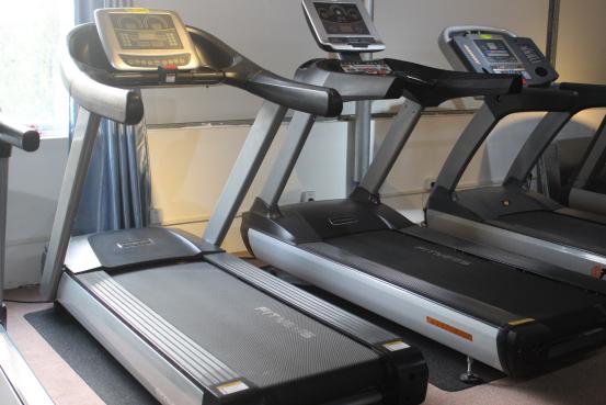 treadmill machine price