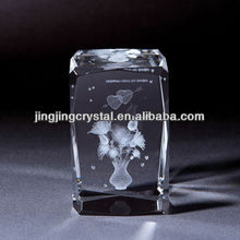3d crystal engraving cube with wonderful model in china