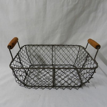 Rustic antique rectangle chicken metal wire mesh stacking baskets with wooden handle