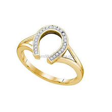 New Design Fashion Yellow Gold Round Cut White Diamond Ladies Right Hand Horse Shoe Ring