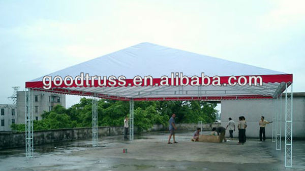 Outdoor roof trusses