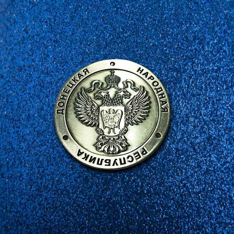 Replaceable high-grade badges metal badges custom badge making Alice