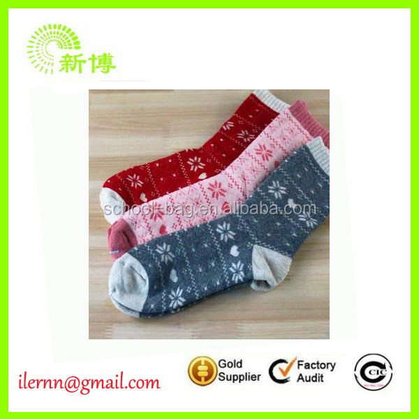 Custom red snowflake design women christmas socks