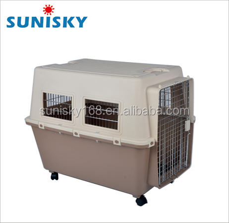 Hot Selling Plastic Pet Carrier with wheels for big dog