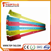 ISO14443A/ ISO15693 disposable and waterpoof rfid smart wirstband
