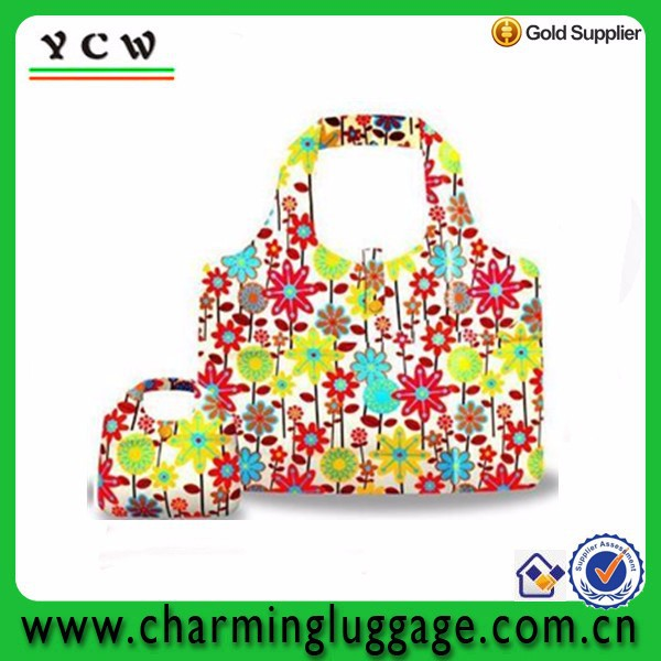 Various size silk screen printing flower unique foldable shopping bag