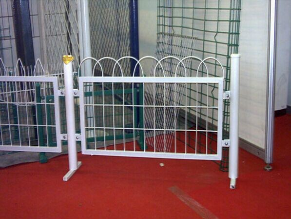 China manufacture supplier outdoor retractable welded wire mesh fence used steel temporary fence