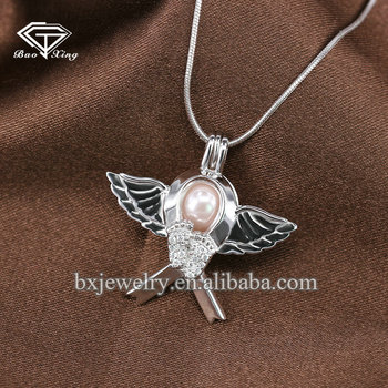 Hot selling products fashion brilliant pearl silver heavenly angel pendant