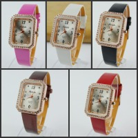 Gold Watch Case PU Leather Strap Analog Quartz Woman Watches Fashion 5 Colors Square Leather Women Watch